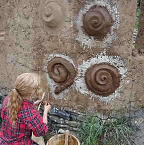 mud sculpting